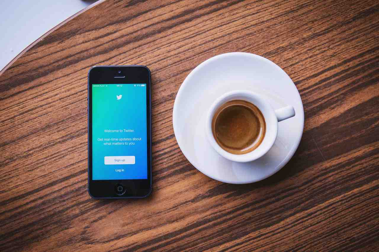 Why Small Businesses Should Use Twitter In 2019   Statusbrew